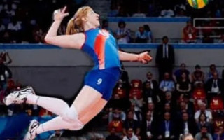 3 Core Exercises to Spike a Volleyball Harder